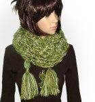 Green long chunky scarf